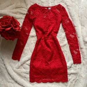 H&M red long sleeve lace dress